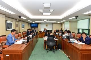 제274회 정례회  문화체육관광위원회 회의 이미지