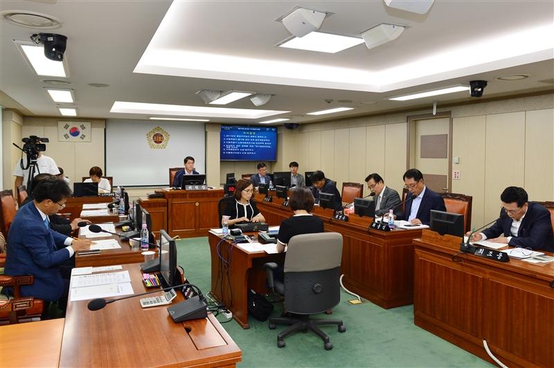 제276회 임시회 환경수자원위원회 회의 이미지