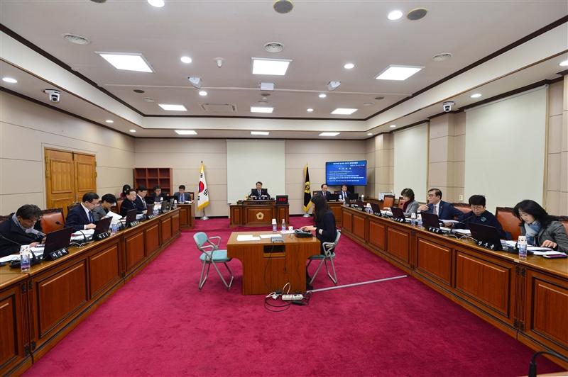제278회 임시회 운영위원회 회의 이미지